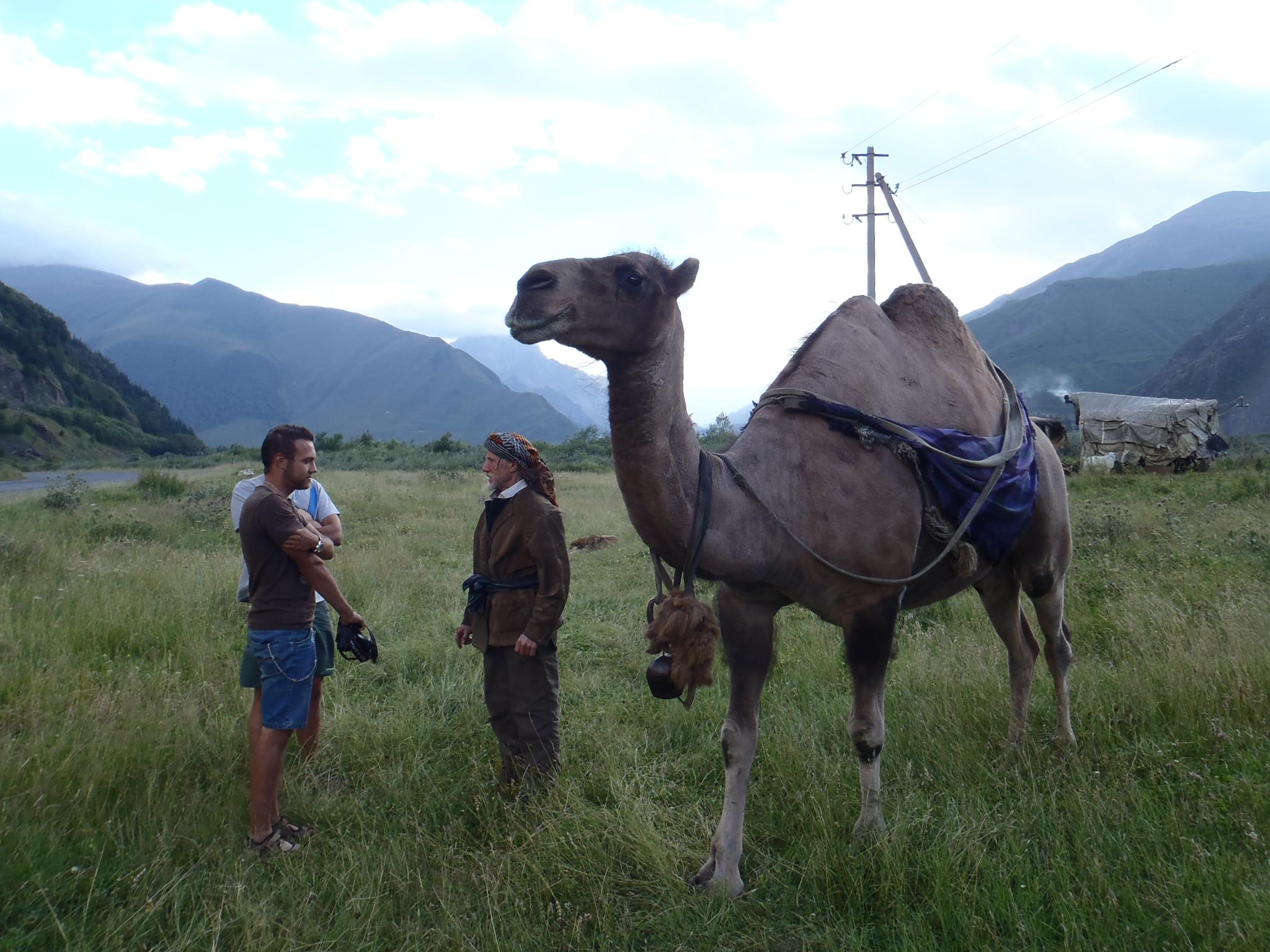 Оживен разговор между Жоро и един номад в Грузия.