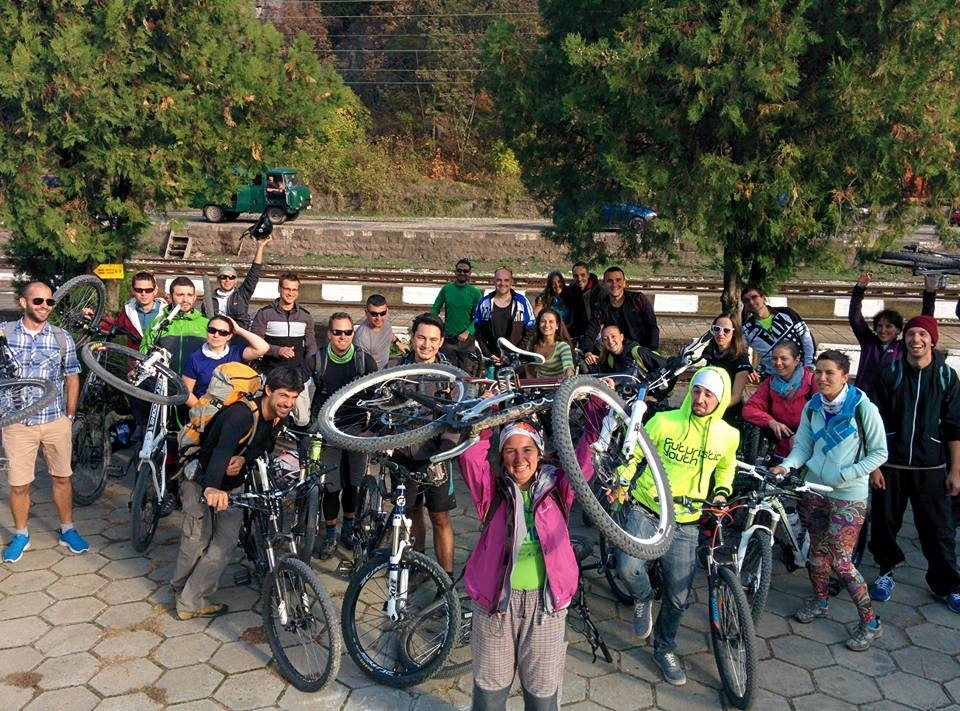 8b056a9c991 Софийски планински клуб | Малини от вино и кеф от колело - Софийски ...